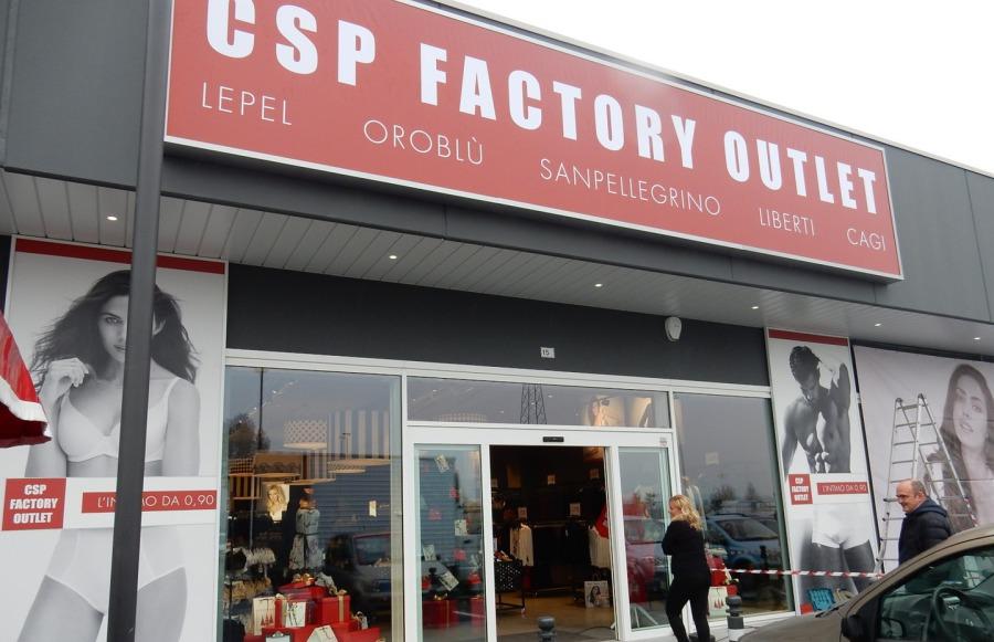 ... azienda italiana produttrice e distributrice di abbigliamento intimo  femminile rigorosamente